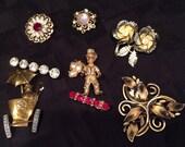 Lot 8 vintage brooches, pins rhinestone, pearl gold tone