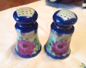Hand Painted Cobalt Porcelain Salt & Pepper Shaker Set, Gilt with Roses, Corked