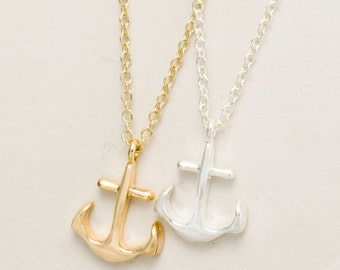 ANCHOR necklace >> BFF tries to stop your stupid idea >> comforts you afterwards << never mentions how dumb she said it would be