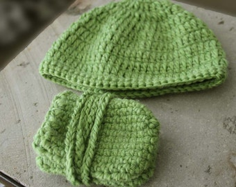 Boys and girls hat and gloves/cord sets for 12-18 months