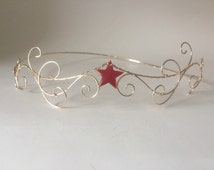 Red star tiara-gold wonder women inspired