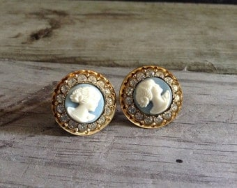 Cameo Earrings Blue Screw Back