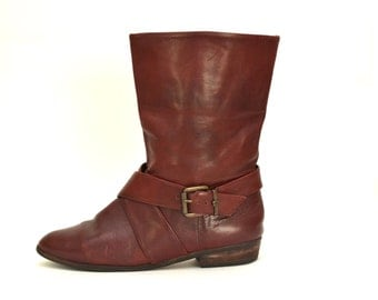 7 / Vintage 70s Rare Etienne Aigner Oxblood Flat Harness Boots