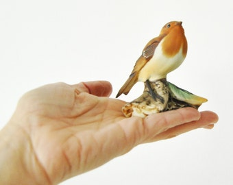 vintage - hand painted - PORCELAIN BIRD FIGURINE - made in Italy
