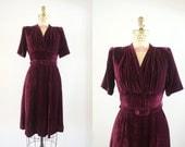 Vintage 1930s Crimson Folds Dress / 30s red maroon mahagony dress with belt / Small S  Medium M