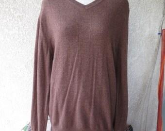 vintage 100%cashmere sweater V-neck made by apt.9 size XL color brown