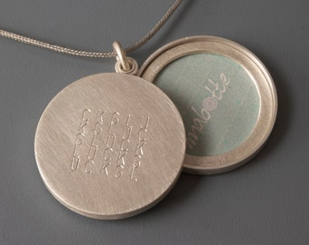 Silver locket sterling silver two pictures locket Glück Bliss 26mm