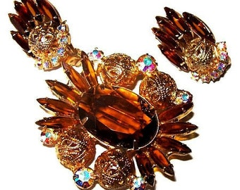 Juliana Brooch Earring Set D & E Confirmed Mink Brown Rhinestones Gold Filigree Beads Vintage