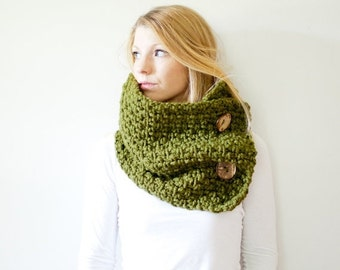 SUMMER SALE chunky crochet button scarf cowl - cilantro - wool blend - the PISGAH button