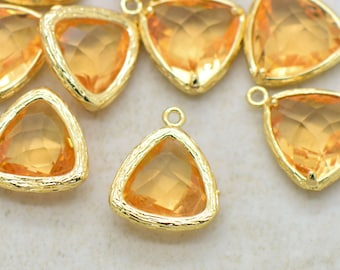 Wholesale Lot - Triangle Jewel Charms LIGHT TOPAZ Faceted Glass  24k GOLD Plated Setting Drop Gem Jewels 14mm Triangle Bezel Orange Stone ()