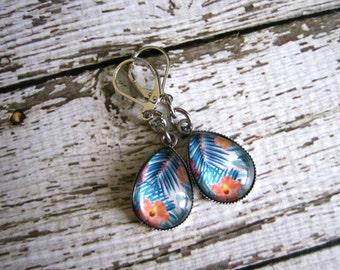 Tropical Earrings : Glass Drop Palm Hibiscus