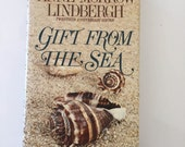 Gift From the Sea by Anne Morrow Lindbergh (1975 Hardcover)