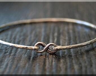 Sterling Silver Infinity Bangle, Modern Bangle Bracelet, Figure 8 Stacking Bangle, Sterling Silver Family Love Bangle, Layering Bangle