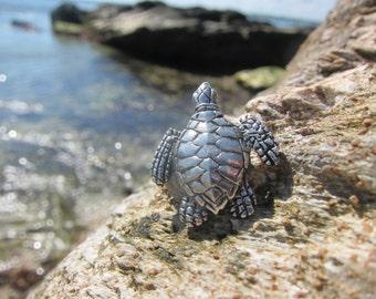 Sea Turtle Lapel Pin-  Marine and Aquarium Pins