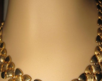 SALE Gorgeous Vintage Signed Emmons Gold Plated Nugget Necklace