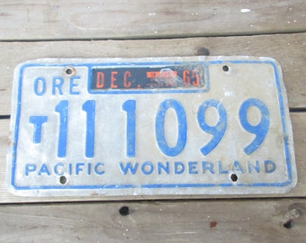 Oregon Pacific Wonderland Vintage License Plate
