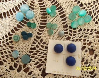 29 Buttons in Various Blues, Shanked