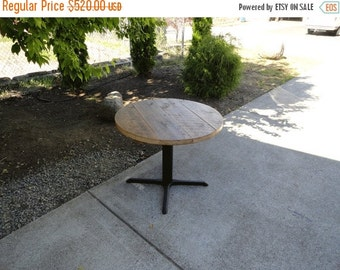 Last Day.15%OFF 42 inch Round Old Reclaimed Barnwood Restaurant Pedestal Dining Table, 4-5 person