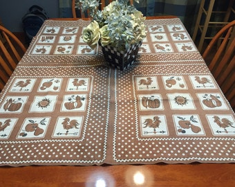 Vintage Tan Rooster Kitchen Dining Luncheon Table Cloth for housewares, home decor, linens by MarlenesAttic
