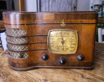 Vintage Emerson Radio Ingraham Wood R-167 Police Band