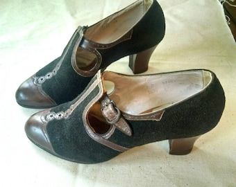 Gorgeous 40s Mary Janes Wingtips Two Tone Suede Leather Heels Shoes