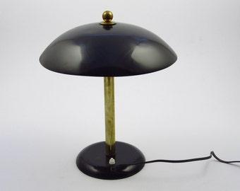 Art deco table lamp, heavy black metal desklamp from the artdeco era