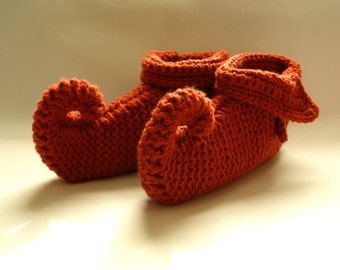 knitted slippers, pixie slippers, elfin slippers, jester, genie slippers, adult size slippers, Winter fashion, ready to ship, UK seller