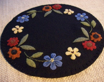 Pretty Flowers Candle Mat