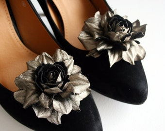 Metallic  colored  Leather Rose Flower Shoe Clips