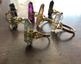 Quartz ring / raw crystal ring / quartz point ring / crystal point ring / rough crystal ring / boho ring / bohemian ring / gypsy ring