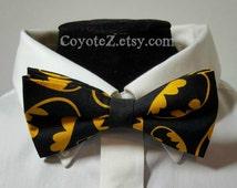 Bat Signal Bowtie, Batman Bowtie, Groomsmen Bow Tie, Groom Bow Tie, Wedding Bow Tie, Batman Wedding, Comic Book Wedding, Geekery, Nerdy Tie