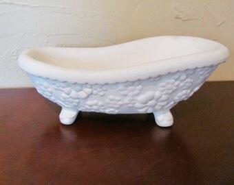 Very Cute Clawfoot Tub Soap Holder, Daisies Design