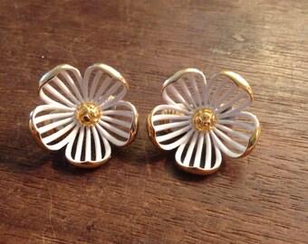 MONET Spring Flower White and Gold Clip On Earrings (JAN)