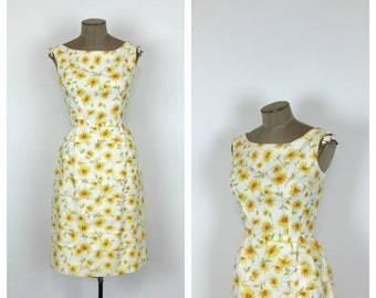 60s Daisy Print Cocktail Dress • 1960s Yellow and White Floral Sheath Dress • 50s Sleeveless Fitted Dress • Small