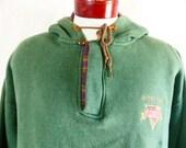go UND Fightin' Irish vintage 90's University of Notre Dame solid forest green fleece hoodie graphic sweatshirt applique plaid logo XL