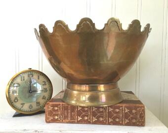 VINTAGE BRASS BOWL - Heavy Brass Bowl - Crown Top - Scalloped Bowl