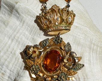 Vintage Amber Glass Rhinestone Flower Brooch Royal Crown Necklace