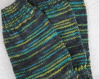 """Mens multi colored hand knitted socks. Foot size 11"""". Shoe size 9-12. Great stretch. Casual wear."""