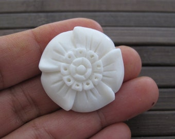 Hand carved  tropical flower, Buffalo Bone Carving, Jewelry making Supplies B6389