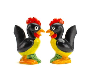Vintage Rooster Salt and Pepper, Anthropomorphic, Black Roosters, Chickens, Shakers, Kitsch, 1940s Kitchen, Epsteam
