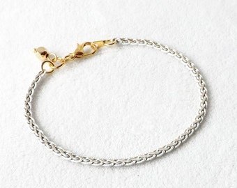 White Chain Bracelet, Modern Summer Jewelry, White Bracelet, Chain Bracelet, Minimalist Bracelet, Stacking Bracelet, Simple, Gold, Gift Idea