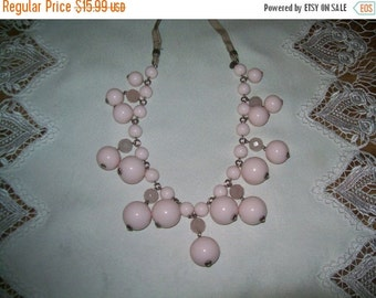 50% OFF Vintage pink bead ribbon necklace