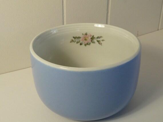 Hall S Superior Kitchenware Rose Parade 1254 Mixing Bowl