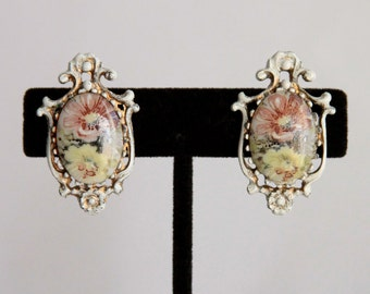Vintage Florenza Earrings - Clip Ons with White Enamel and Painted Flowers - Nice Shabby Look