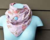 Triangle Scarf. Dusty rose. Floral print. Vintage fabric. Light blue. Olive green. Vintage scarves. Triangle scarves. fashion accessory.