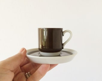 Vintage Porcelain Espresso Demitasse Cups Saucers Set of Six, Stackable Modernist Brown White Espresso Cups and Saucers Made in Japan