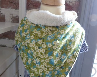 Off-white and cotton bandana towelling bib green with small white flowers