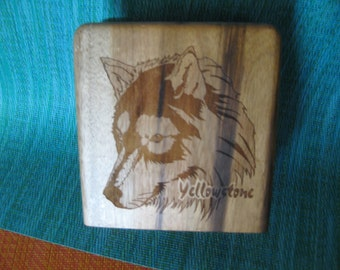 Etched hardwood Yellowstone National Park  Napkin or letter Holder Very good condition