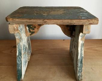 """Vintage Primitive Chippy Paint Stool 10 x 9"""""""