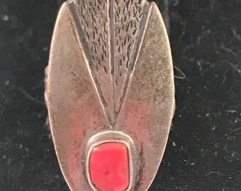 sALE Vintage Navajo sterling coral ring size 6.5